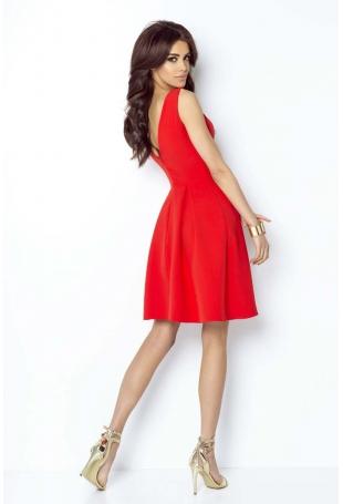 Czerwona Koktajlowa Sukienka bez Rękawów z Dołem w Kontrafałdy