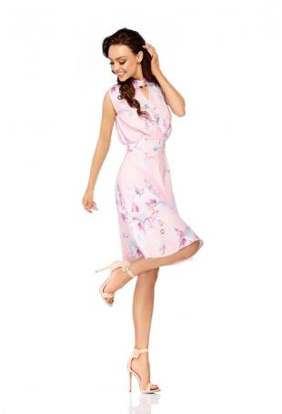 Pudrowa Rozkloszowana Wzorzysta Sukienka z Kopertowym Dekoltem