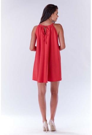 Różowa Trapezowa Sukienka Koktajlowa z Dekoltem Halter-neck