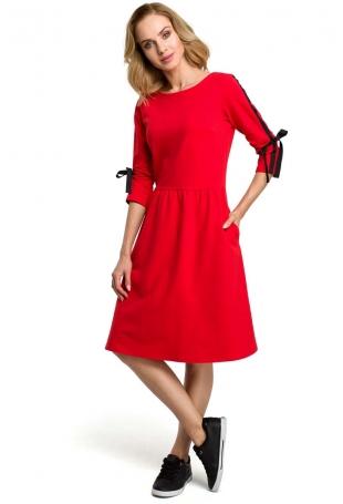 Czerwona Klasyczna Rozkloszowana Sukienka z Lampasem