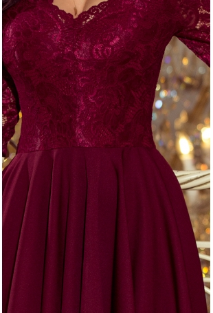 Bordowa Wieczorowa Asymetryczna Sukienka z Koronką