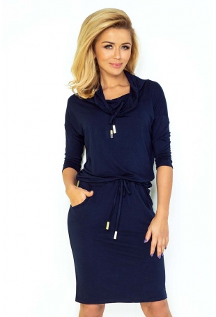 Granatowa Sukienka Ołówkowa z Golfem Wiązana w Pasie