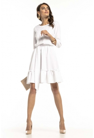 Biała Lekka Rozkloszowana Sukienka z Falbanką