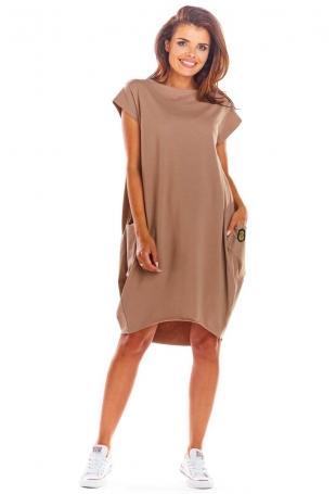 Beżowa Oversizowa Sukienka z Dużymi Kieszeniami