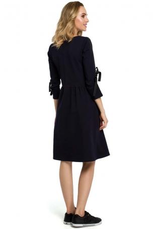 Granatowa Klasyczna Rozkloszowana Sukienka z Lampasem