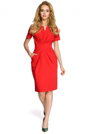Drapowana Czerwona Sukienka z Dekoltem