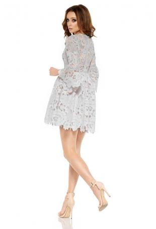 Jasnoszara Wieczorowa Sukienka Koronkowa z Rozkloszowanym Rękawem