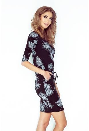 Czarna Sukienka w Kwiaty z Troczkami