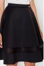 Czarna Elegancka Rozkloszowana Spódnica z Ozdobną Wstawką