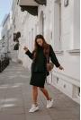 Czarny Komplet - Sweter z Golfem i Dopasowana Spódnica