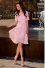 Różowa Elegancka Kopertowa Sukienka z Plisowanym Dołem
