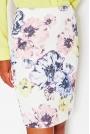 Ołówkowa Spódnica przed Kolano w Pastelowe Kwiaty