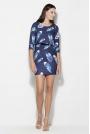 Niebieska Sukienka w Piórka z Nakładaną Górą