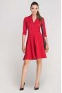 Czerwona Sukienka Rozkloszowana z Ładnym Dekoltem
