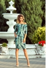 Sukienka Ściągana w Zielone Liście na Ciemnym Tle