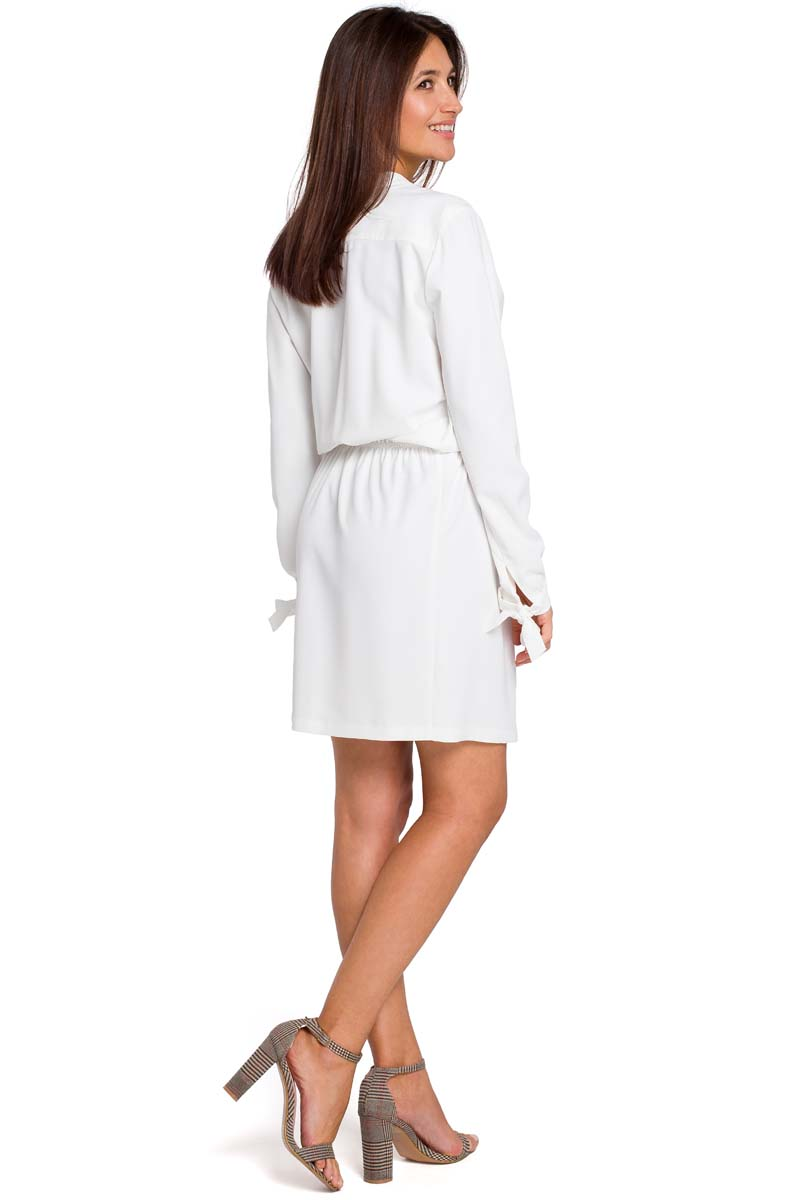 8041b98b96 Ecru Kobieca Krótka Sukienka z Wiązaniem Ecru Kobieca Krótka Sukienka z  Wiązaniem ...