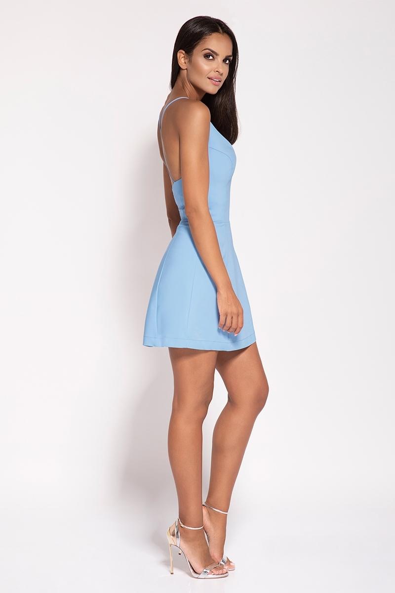 3fae9ae381 Niebieska Rozkloszowana Sukienka z Głębokim Dekoltem Niebieska  Rozkloszowana Sukienka z Głębokim Dekoltem ...