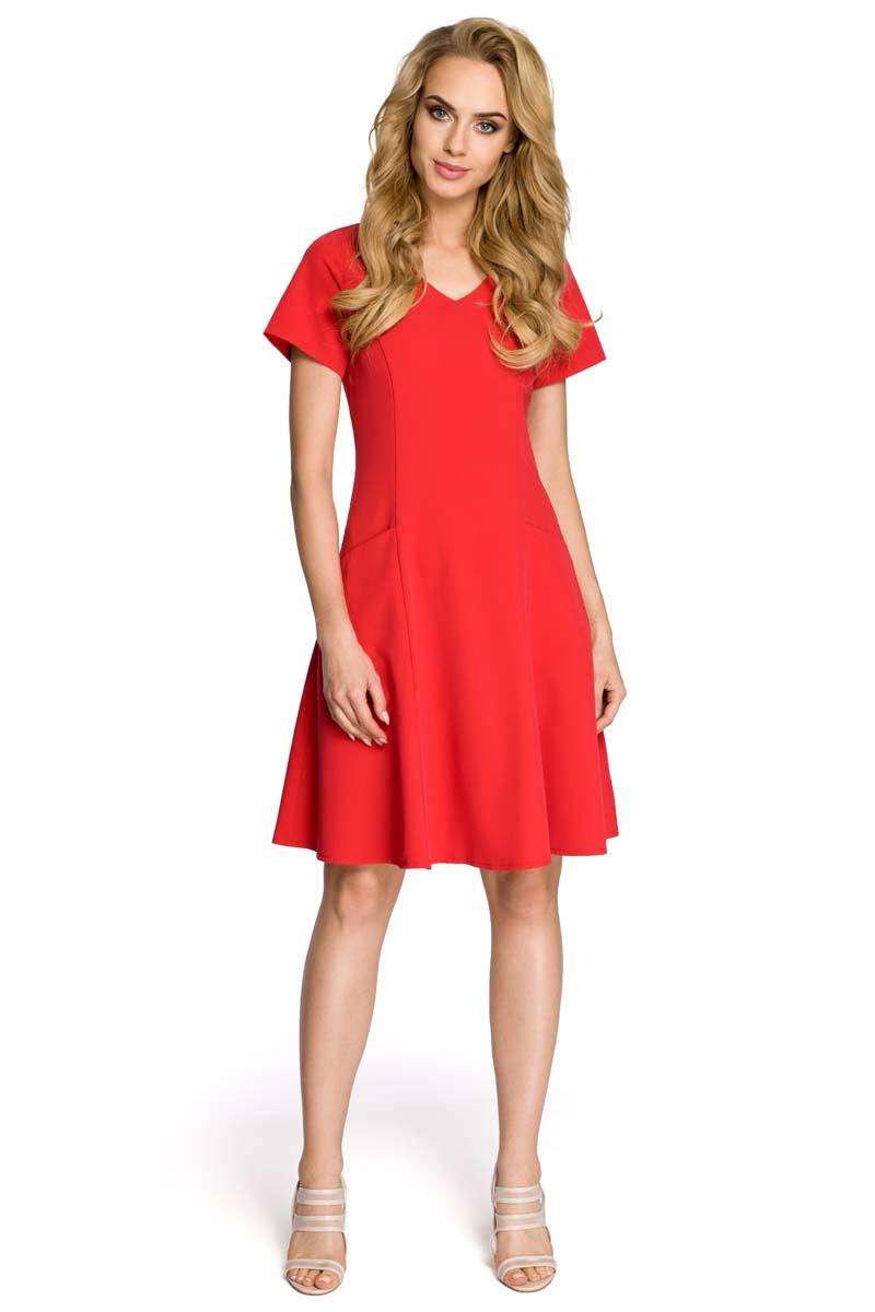 f630bca64b Rozkloszowana Czerwona Sukienka z Cięciami Modelującymi - Molly.pl